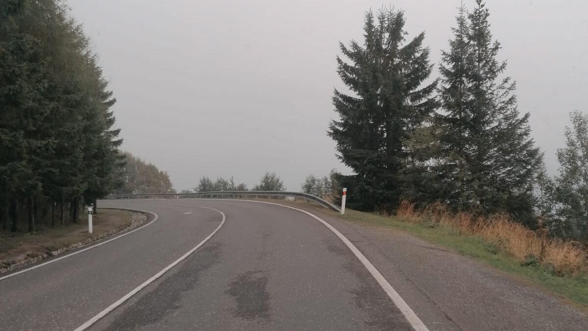 Mlha cestou ze Štrbského plesa
